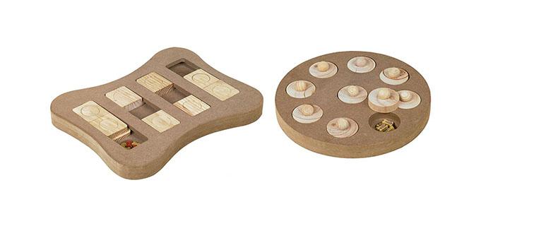 Diverse houten hondenpuzzels van Nobby