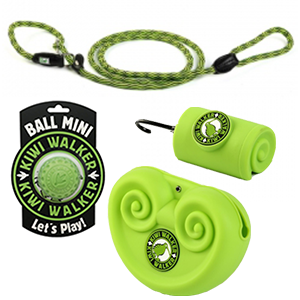 Pakket met hondenlijn, bal, poepzakjeshouder en beloningszakje in één kleur